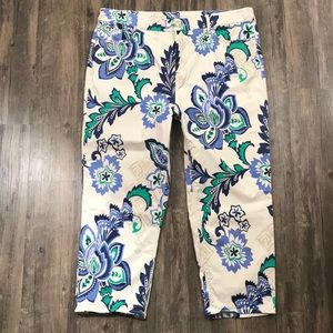 The So Lifting Crop by Chico's Floral Pants Size 3